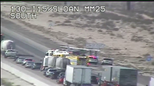 Small plane makes emergency landing on I-15 south of Las