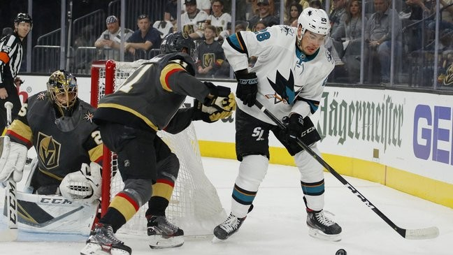 Hertl Lifts Sharks Past Vegas 2 1 In Double Overtime To Force Game 7